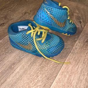 Toddler boy Nike's